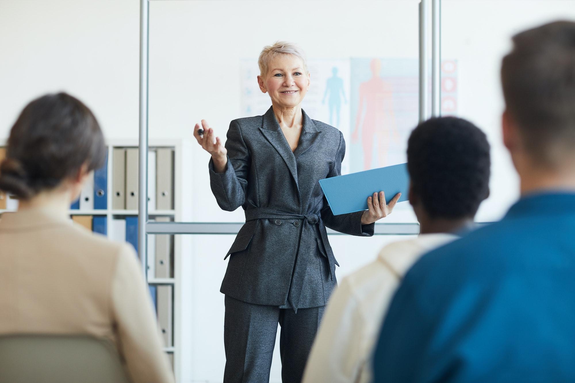 Coach d'entreprise ou coach d'affaires pour entrepreneur et travailleur autonome