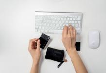 Choisir le meilleur outil e-commerce pour votre site Web facilite l'achat en ligne pour vos clients.